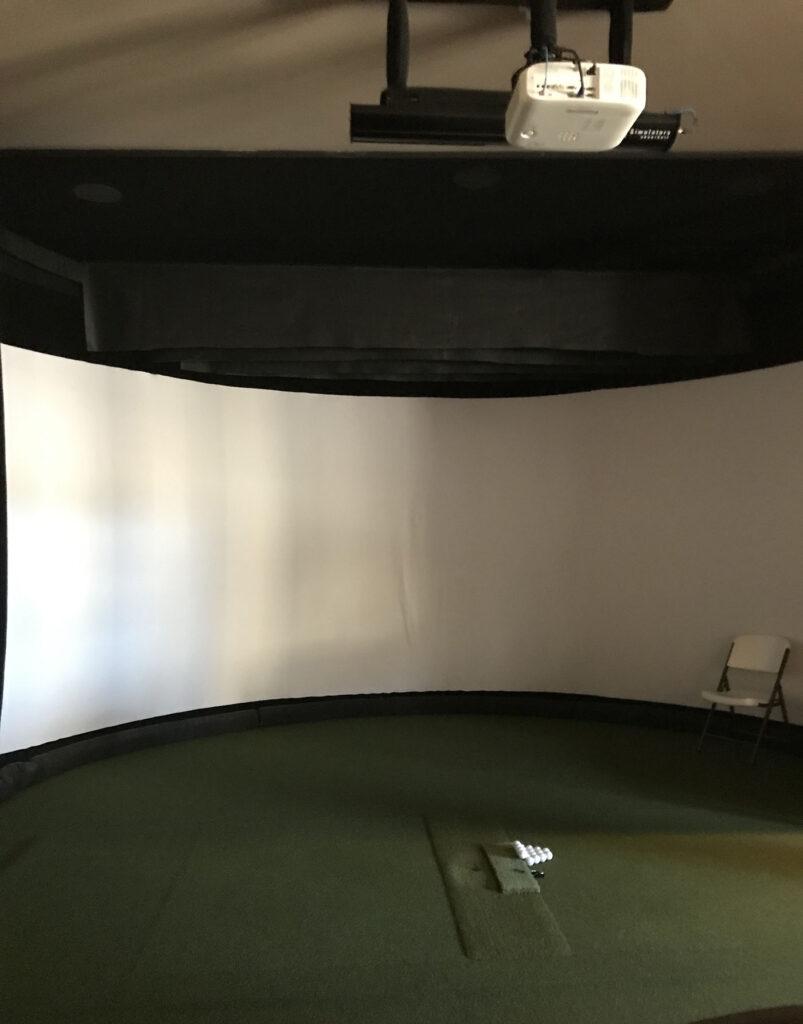 AV Projector In-home Golf